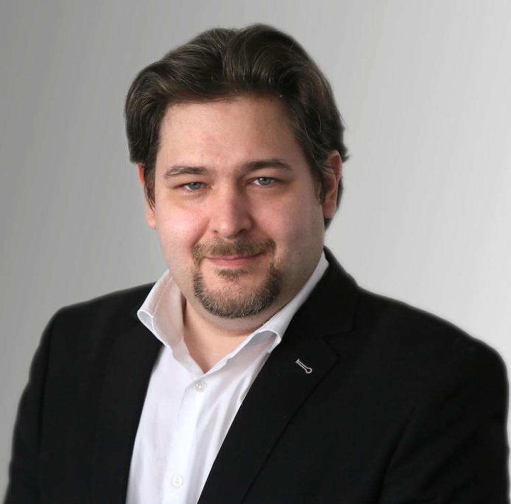 Christian Oscar Gazsi Laki